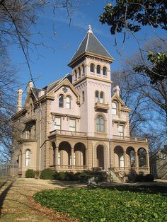 Mallory-Neely House,  Memphis, Tennessee,  This Italianate mansion was constructed in the 1850s