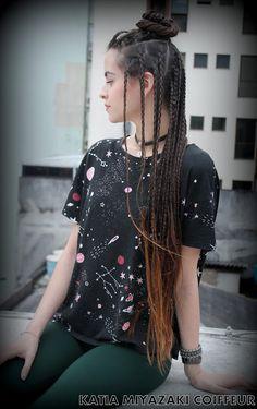 Katia Miyazaki Coiffeur - Salão de Beleza em Floripa: Tranças Rastafari em Cabelos Longo -  Salão de Bel... Small Box Braids Hairstyles, Cornrows With Box Braids, Braided Hairstyles Updo, African Hairstyles, Pretty Hairstyles, White Girl Braids, Blonde Box Braids, Girls Braids, Individual Braids