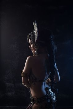Pin on 人物 Dance Photography, Portrait Photography, Indian Classical Dance, Indian Photoshoot, Tribal Fusion, Fantasy Art Women, Tribal Belly Dance, Belly Dancers, Dancers Pose