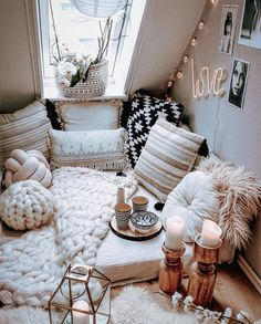 Romantic Bedroom Decor Ideas to Make Your Home More Stylish on a Budget - The Trending House Cute Bedroom Ideas, Cute Room Decor, Room Ideas Bedroom, Bedroom Decor, Bedroom Bed, Master Bedroom, Bed Room, Comfy Room Ideas, Nature Bedroom
