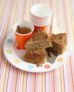 Simple Cake Recipes // Upside-Down Pecan Cake Recipe