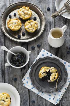 Mini pie ai #mirtilli e la passione per gli #anni50 - Mini #blueberry #pies #recipe