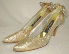 Stuart Weitzman Mr Seymour Heels Gold Lame Silver Sparkle Mesh Sides & Bow 6.5 S #StuartWeitzmanforMrSeymour #PumpsClassics