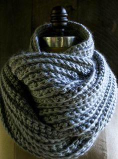 DIY: crocheted rib cowl