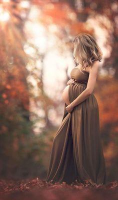 Plus de 70 idées photoshoot de maternité - Schwangerschaft - Fall Maternity Shoot, Fall Maternity Pictures, Maternity Session, Maternity Dresses, Maternity Photoshoot Dress, Maternity Photography Poses, Maternity Portraits, Photography Ideas, Photography Awards