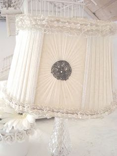 ♥ this lampshade!