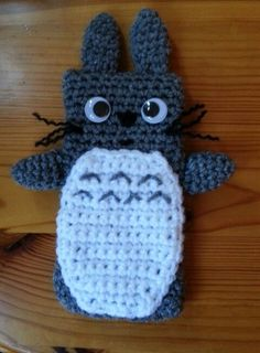 Totoro crochet phone case