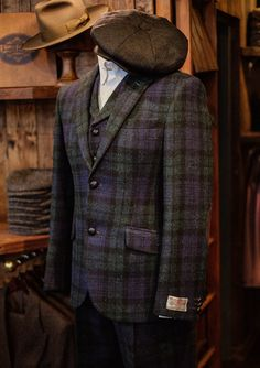 Harris Tweed Waistcoat, Tweed Men, Gray Jacket, Suit Jacket, English Clothes, Tweed Trousers, Baker Boy Cap, Safari Jacket, Duffle Coat