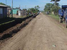 #ObraPúblicaSocial en Barrio Illia: cordón cuneta, extensión de red de agua y #cloacas >