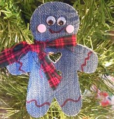 Excellent Free of Charge Ideas Sewing Jeans Projects Ideas Tips I enjoy Jeans ! And a lot more I like to sew my own Jeans. Next Jeans Sew Along I'm likely to sh Gingerbread Ornaments, Christmas Ornament Crafts, Christmas Projects, Holiday Crafts, Christmas Crafts, Gingerbread Man, Reindeer Ornaments, Diy Ornaments, Beaded Ornaments