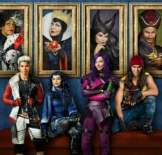 """Disney Channel shared this information about the great ratings that their DCOM """"Descendants"""" received! We LOVED this Disney Channel Original Movie! Descendants Wicked World, Disney Channel Movies, Disney Channel Descendants, Disney Descendants 3, Descendants Cast, Disney Channel Original, Disney Channel Stars, Disney Stars, Original Movie"""