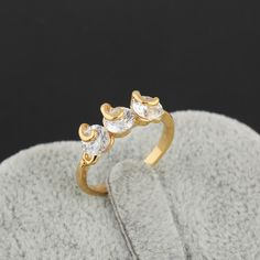 Simple Design 18K Gold Plated Fashion Copper Ring Inlay Three Round White Zircon Two Sizes