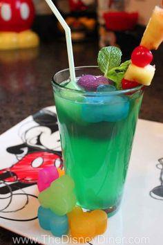 The Disney Diner: Disneyland's (non-alcoholic) Mint Julep Recipe Summer Drinks, Fun Drinks, Beverages, Comida Disneyland, Fresco, Disney Inspired Food, Disney Drinks, Virgin Drinks, Food Park