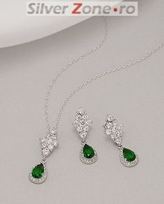 Avem cele mai creative idei pentru nunta ta!: #1186 Mai, Pendant Necklace, Jewelry, Fashion, Moda, Jewlery, Jewerly, Fashion Styles, Schmuck