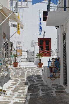 Fun Things To Do in Mykonos Island, Greece. - Moco-choco