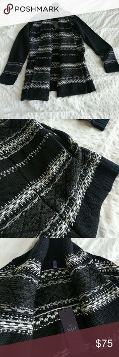 NYDJ Printed Black Cardigan, size Medium Black, grey and white printed knit cardigan with pockets! Beautiful fall and winter layer. NYDJ Sweaters Cardigans
