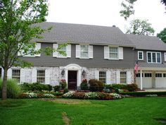 Remodel tri level house pictures awesome great split level for Half brick half siding house