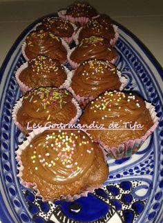 Cupcakes au cacao -Topping au Philadelphia Milka http://lesgourmandizdetifa.wordpress.com/2014/04/15/cupcakes-au-cacao-topping-au-philadelphia-milka/