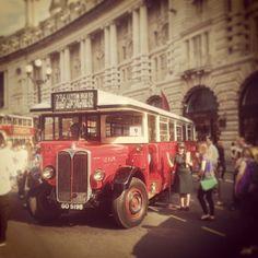 Old london bus - Seokhohan Richard Branson, Regent Street, Transport Posters, New Bus, Routemaster, Bus Coach, London Bus, London Transport, Vintage London