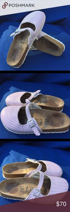 Birkis by Birkenstock size 39 Gently used Birkenstock Shoes Mules & Clogs