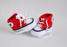 Super süße Mini Chucks für Babys häkeln. Häkelanleitung Baby Turnschuhe/Sneakers gehäkelt