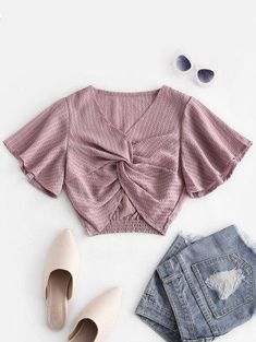 Seersucker Twist Blouse - Fashion - Womens - Tops - Blouses - #fashion #clothing #blouse Cute Blouses, Blouses For Women, Cute Clothes For Women, Mini Vestidos, Green Blouse, Two Piece Outfit, Plus Size Swimwear, Online Clothing Stores, Seersucker