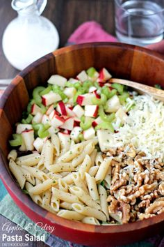 Apples and Celery Pasta Salad with Light Caesar Dressing - Penne Pasta tossed with Gala apples, celery, walnuts and a lightened-up, homemade Caesar Dressing. The textures and flavors make this salad absolutely irresistible! Easy Pasta Salad Recipe, Healthy Salad Recipes, Pasta Recipes, Dressing For Fruit Salad, Salad Dressing Recipes, Pot Pasta, Pasta Dishes, Penne Pasta, Pasta Sauce