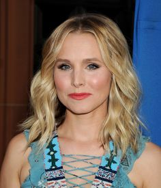 Kristen Bell attends a 'Concert for Our Oceans hosted by Seth MacFarlane benefitting Oceana' at the Wallis Annenberg Center for the Performing Art on September 28, 2015 in Beverly Hills, California.