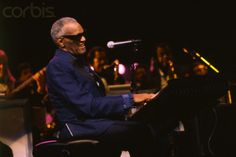 Ray Charles & Orchestra performing at the Palais des Congrès in Paris, on Nov. 12, 1991. Photo by John van Hasselt.