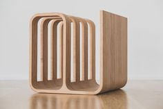 Woodieful / 14 Stylish Versatile Magazin Tables http://vurni.com/magazin-tables/