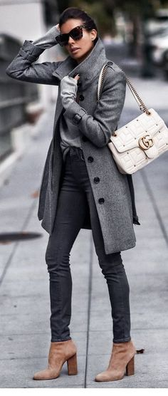 Moda invierno outfits ideas purses Ideas for 2019 Cozy Winter Outfits, Winter Outfits For Work, Fall Outfits, Casual Winter, Winter Clothes, Winter Style, Snow Clothes, Mode Outfits, Stylish Outfits