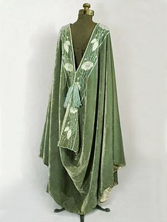Liberty & Co. Velvet burnous - c.1900 - by Liberty & Co., London & Paris