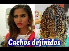 Cacheando os cabelos com canudos por Janaina Pauferro