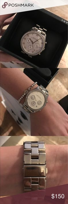 cool Montre pour femme : Marc Jacobs Women's watch Silver watch , links included, lightly worn small ... Check more at http://trends.flashmode.tn/mode/montre-femme/montre-pour-femme-marc-jacobs-womens-watch-silver-watch-links-included-lightly-worn-small/