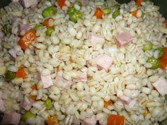 Barley salad with carrots, peas and ham/Orzo freddo con carote, piselli e prosciutto cotto Barley Salad, Orzo, Bolognese, Prosciutto, Ham, Carrots, Grains, Food, Hams