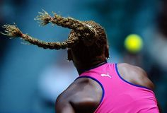 Serena lost in hair-raising fashion in the quarterfinals of the first three majors in 2001, but made the final of the U.S. Open, which she lost to Venus.