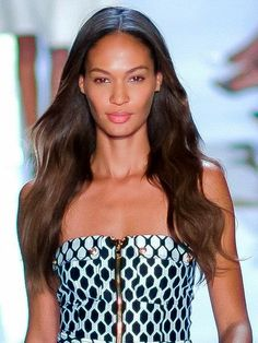 #JoanSmalls I'm Too Sexy For My: Who Are the Highest Paid Supermodels? gurujay.com