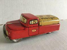 Very Early Japan Mobilgas Oil Tin Litho Toy Truck Vintage Metal Toys, Tin Toys, Antique Toys, Vintage Toys, Kids Cars, Box Tops, Pedal Cars, Ebay Search, Toy Trucks