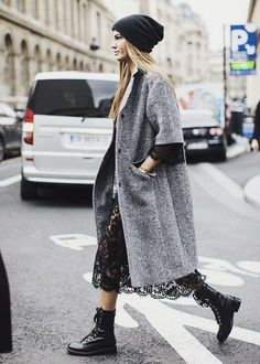 This pairing of a grey herringbone coat and a black lace midi dress is proof that a simple casual outfit can still look absolutely chic. Bring a sense of playfulness to your outfit with black leather lace-up flat boots. Looks Street Style, Looks Style, Looks Cool, Mode Outfits, Fashion Outfits, Fashion Trends, Fashion Boots, Dress Outfits, Girly Outfits