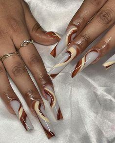 Bling Acrylic Nails, Exotic Nails, Mani Pedi, Nails On Fleek, Nail Tech, Nail Inspo, Latina, Store, Tips