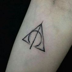 Tatuagem- Relíquias da morte (Harry Potter)