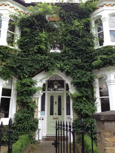 A beautiful Victorian front door in South London