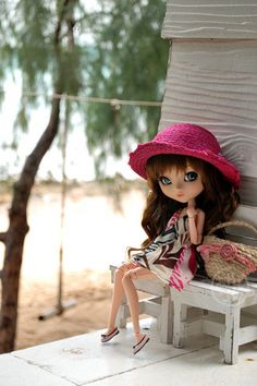 Monica on the beach | Flickr - Photo Sharing!