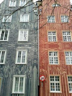 "Details of #Ogarna 2.0 in #Gdańsk | Mariusz Waras ""M-City"". More info here: www.urbanforms.or... . #M-City #streetart #urbanforms #fundacjaurbanforms"