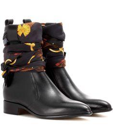 MAISON MARGIELA Leather ankle boots. #maisonmargiela #shoes #boots