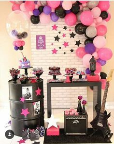 Rockstar Birthday, Dance Party Birthday, Halloween Birthday, 4th Birthday Parties, Birthday Party Decorations, Music Party Decorations, Festa Rock Roll, Pop Star Party, Karaoke Party