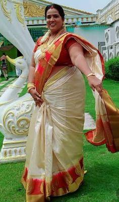 Beautiful Women Over 40, Beautiful Muslim Women, Beautiful Women Pictures, Beautiful Girl Indian, Most Beautiful Indian Actress, Beautiful Saree, Beauty Full Girl, Beauty Women
