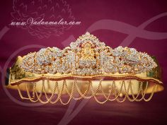 Lakshmi design waist belts called as Vadanam, Kamarpatta, oddiyanam. Adds glory when you wear these hip chains. Latest Gold Jewellery, Gold Jewellery Design, Gold Jewelry, Gold Waist Belt, Vaddanam Designs, Waist Jewelry, Necklace Online, White Stone, Indian Jewelry