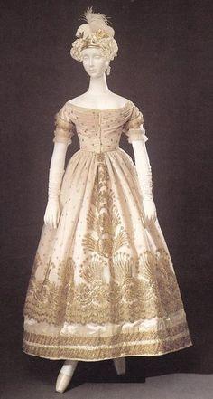 Evening dress ca. 1823