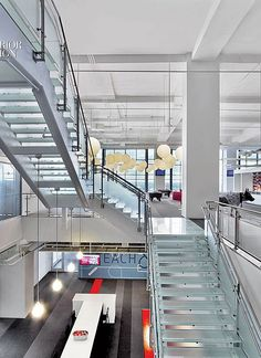 Hats Off: Red Hat Re-Commits to Raleigh   Projects   Interior Design